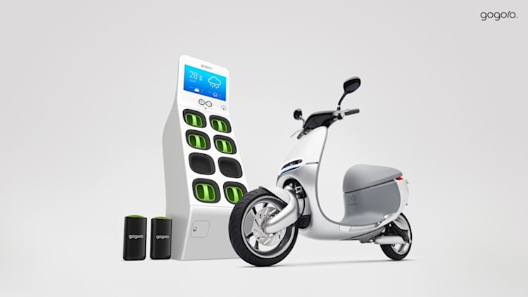 Recharge Wrap-up: Gogoro Smartscooter debuts, Nissan Leaf drivers drive more