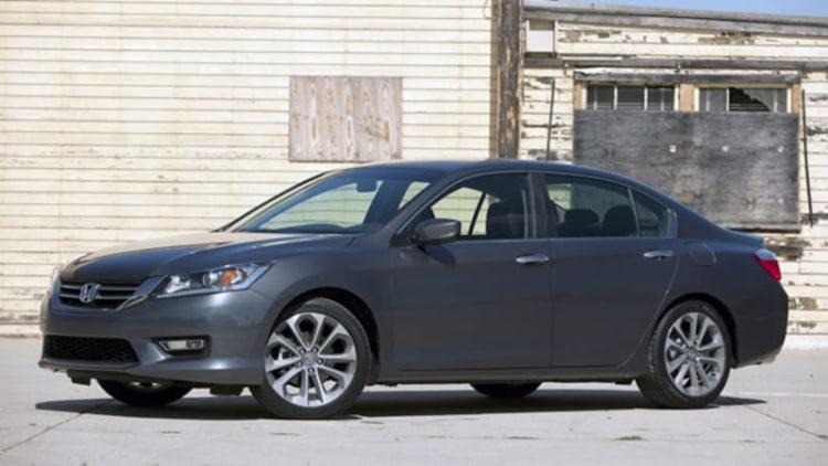 NHTSA Probes Nearly 400,000 Infiniti, Honda Vehicles Over Steering Faults