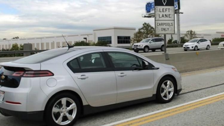 California brings back HOV lanes for plug-in hybrids