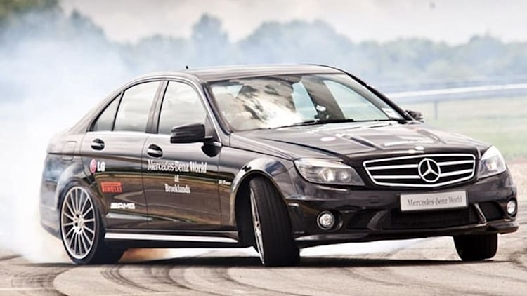 Mauro Calo sets world record for longest drift with Mercedes-Benz C63 AMG [w/video]
