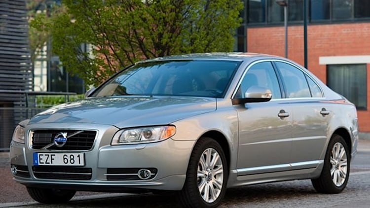 Volvo recalls 2011-2013 S80 sedans over transmission software