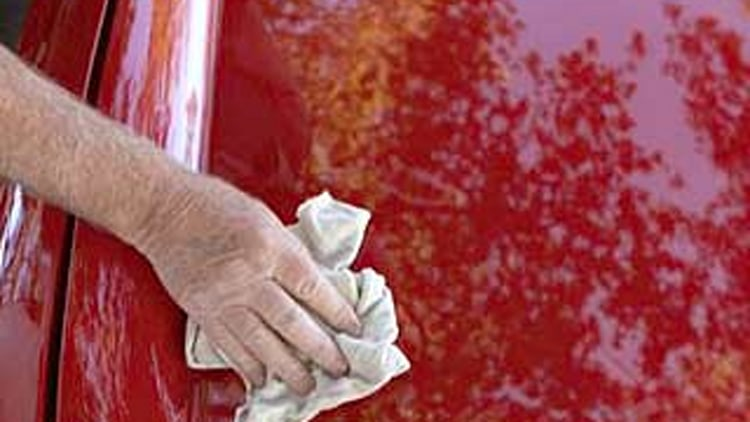 Myth #6: There is no difference between polishing and waxing.