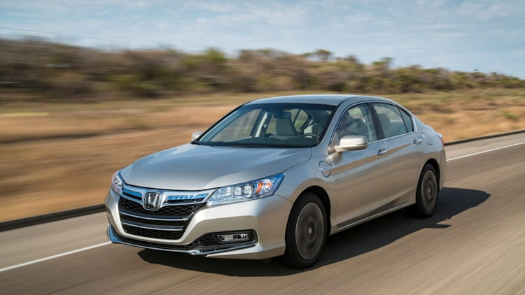 2014 Honda Accord Plug-In Hybrid front three-quarter