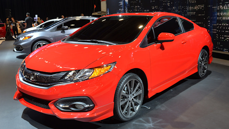 2014 honda civic priced from 18 190 new cvt boosts city mpg. Black Bedroom Furniture Sets. Home Design Ideas