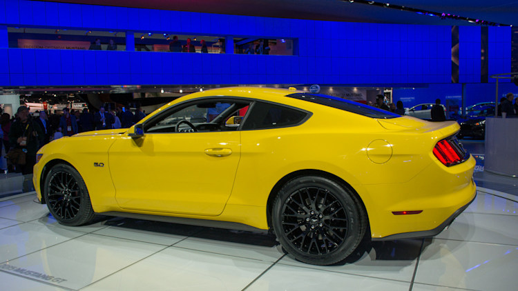 2015 ford mustang option prices gallop onto the web. Black Bedroom Furniture Sets. Home Design Ideas