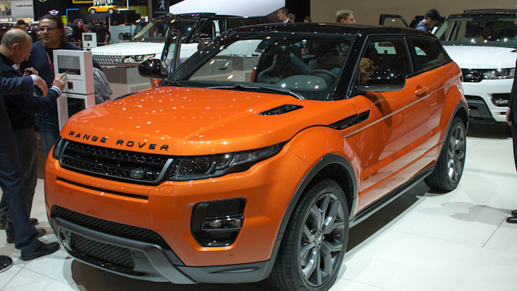 land rover range rover evoque autobiography dynamic is a metallic orange mouthful. Black Bedroom Furniture Sets. Home Design Ideas
