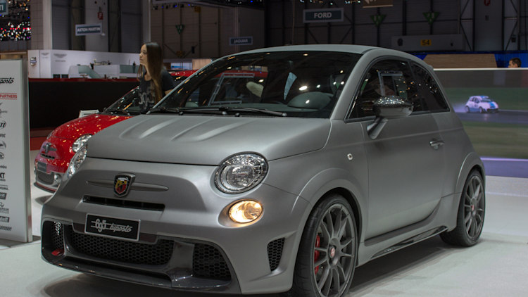 abarth 695 biposto revealed as quickest fiat 500 yet. Black Bedroom Furniture Sets. Home Design Ideas
