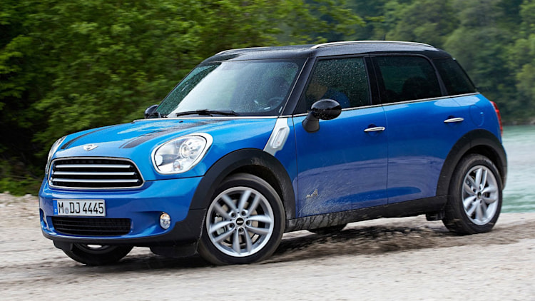 Compact Luxury SUV: Mini Countryman