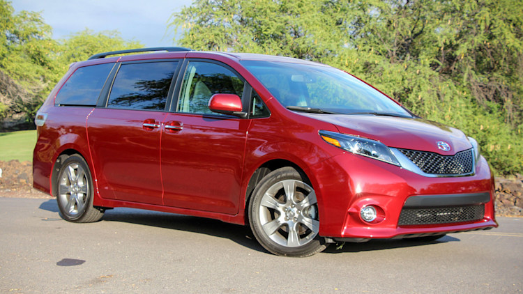 2015 toyota sienna first drive. Black Bedroom Furniture Sets. Home Design Ideas