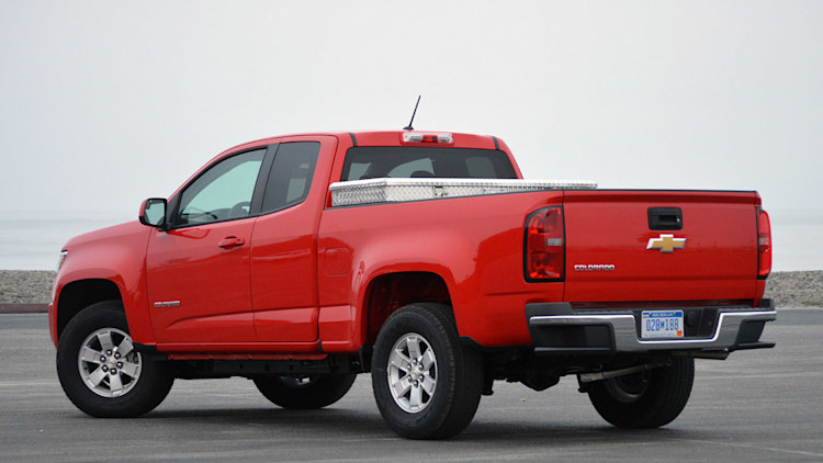 2015 chevy colorado gmc canyon airbag problem causes recall. Black Bedroom Furniture Sets. Home Design Ideas