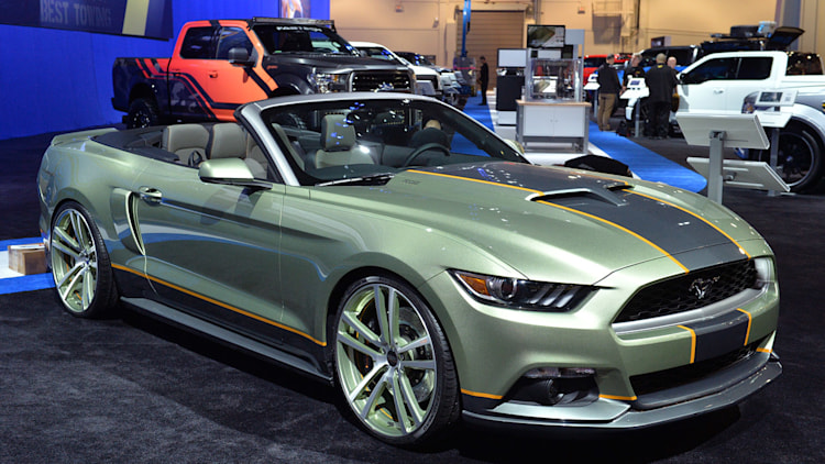 2015 Ford Mustang invades SEMA, led by King Cobra