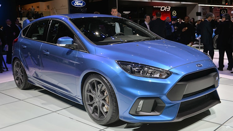 2016 ford focus rs shows up in geneva still bound for america w video. Black Bedroom Furniture Sets. Home Design Ideas