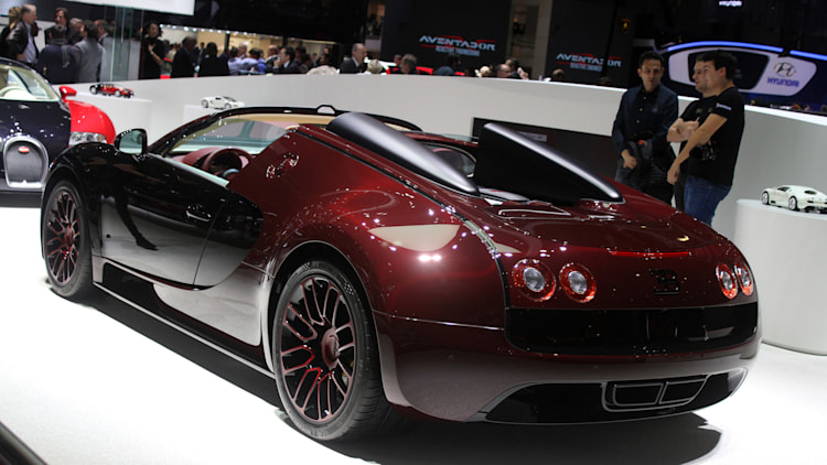bugatti veyron grand sport vitesse la finale geneva 2015 photo gallery aut. Black Bedroom Furniture Sets. Home Design Ideas