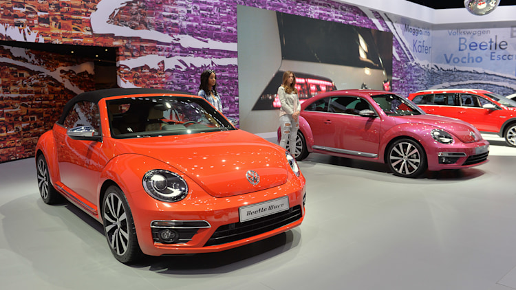 2011 - [Volkswagen] Coccinelle [VW329] - Page 23 01-vw-beetle-special-edition-concepts-ny-1
