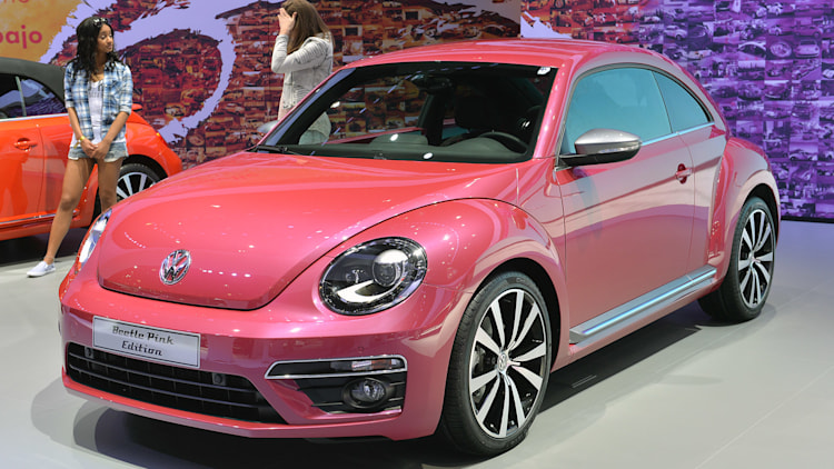 volkswagen beetle special edition concepts new york 2015. Black Bedroom Furniture Sets. Home Design Ideas