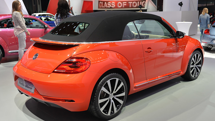 2011 - [Volkswagen] Coccinelle [VW329] - Page 23 06-vw-beetle-special-edition-concepts-ny-1