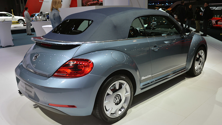 2011 - [Volkswagen] Coccinelle [VW329] - Page 23 13-vw-beetle-special-edition-concepts-ny-1