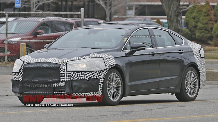 2016 - [Ford] Mondeo / Fusion restylée Ford-fusion-spy-shots-003-1