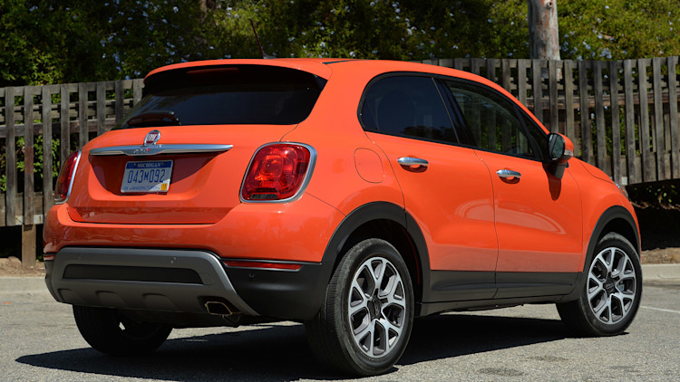 2016 fiat 500x first drive w videos. Black Bedroom Furniture Sets. Home Design Ideas