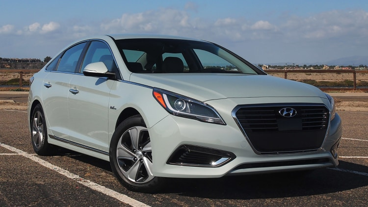 2016 hyundai sonata hybrid and plug in first drive. Black Bedroom Furniture Sets. Home Design Ideas