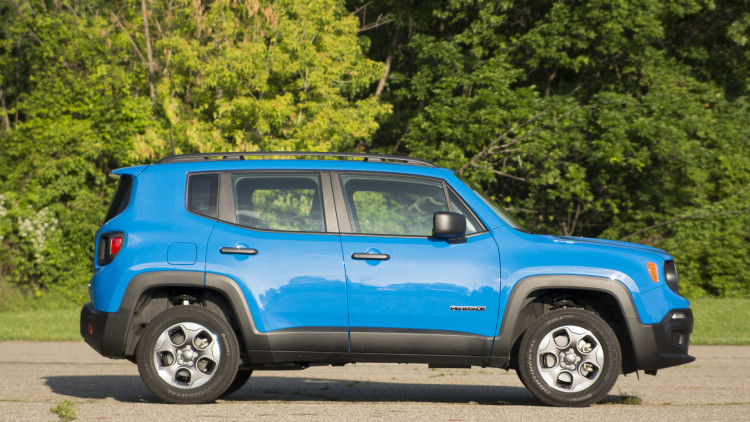2015 jeep renegade sport 4x4 quick spin w video. Black Bedroom Furniture Sets. Home Design Ideas