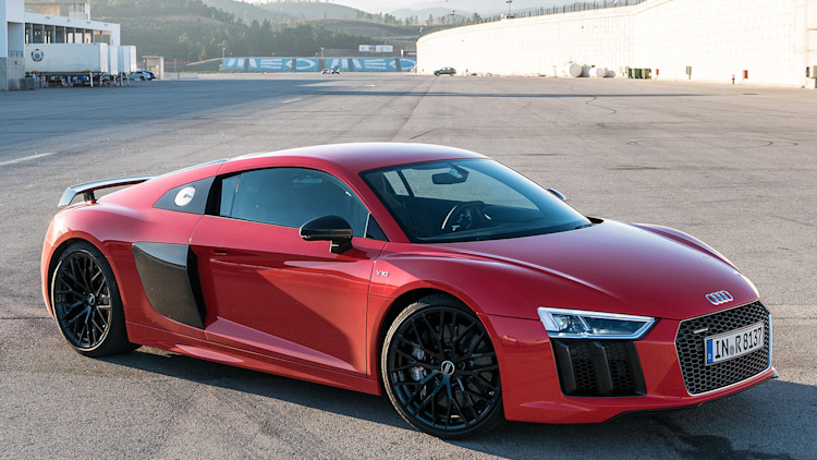 2017 audi r8 first drive photo gallery autoblog. Black Bedroom Furniture Sets. Home Design Ideas