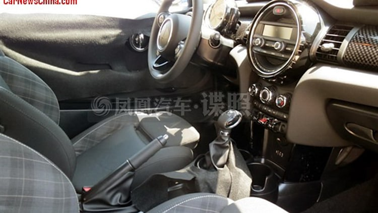 f56-mini-interior-spy-shots-1