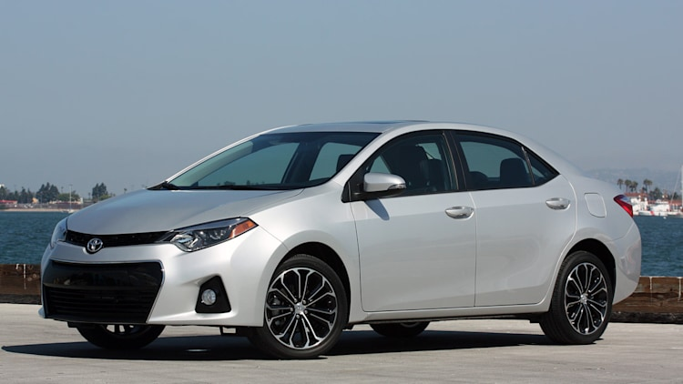 2014 toyota corolla first drive photo gallery autoblog. Black Bedroom Furniture Sets. Home Design Ideas