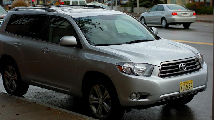 Toyota Announces New 2 7l Four Cylinder For Highlander