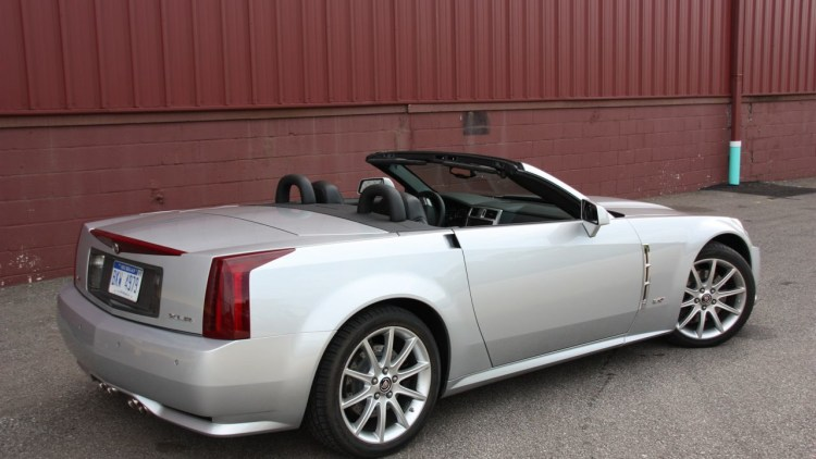review 2009 cadillac xlr v photo gallery autoblog. Black Bedroom Furniture Sets. Home Design Ideas