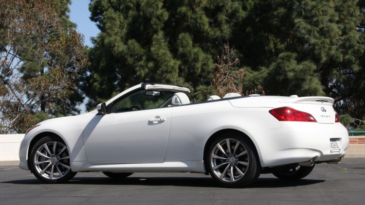 2009 infiniti g37 convertible starting at 43 850. Black Bedroom Furniture Sets. Home Design Ideas