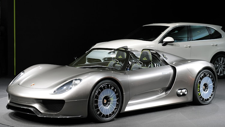 geneva 2010 porsche 918 spyder concept photo gallery. Black Bedroom Furniture Sets. Home Design Ideas