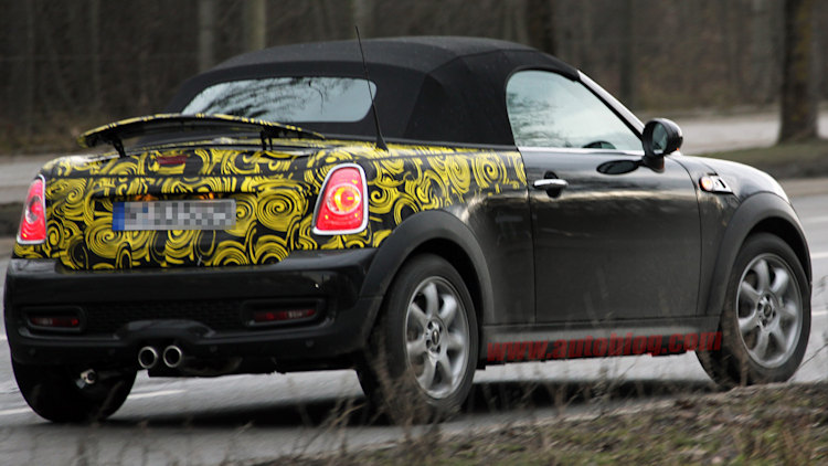 Spy Shots: Mini Speedster on the prowl