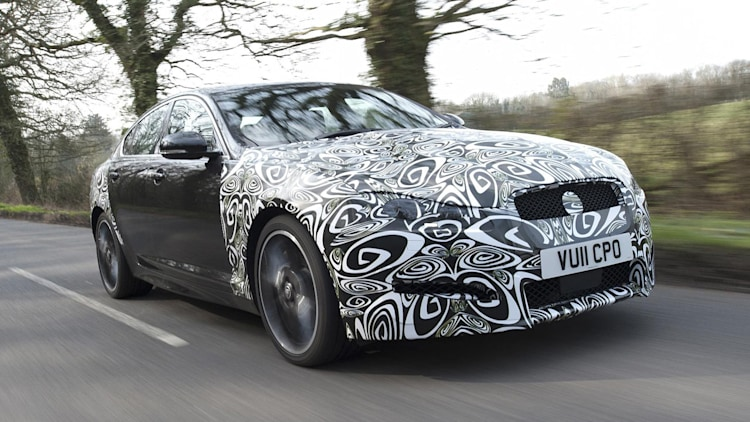 Spy Shots: 2012 Jaguar XF