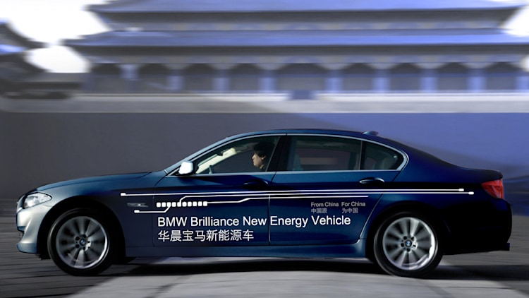 2013 BMW 5 Series Plug-In Hybrid