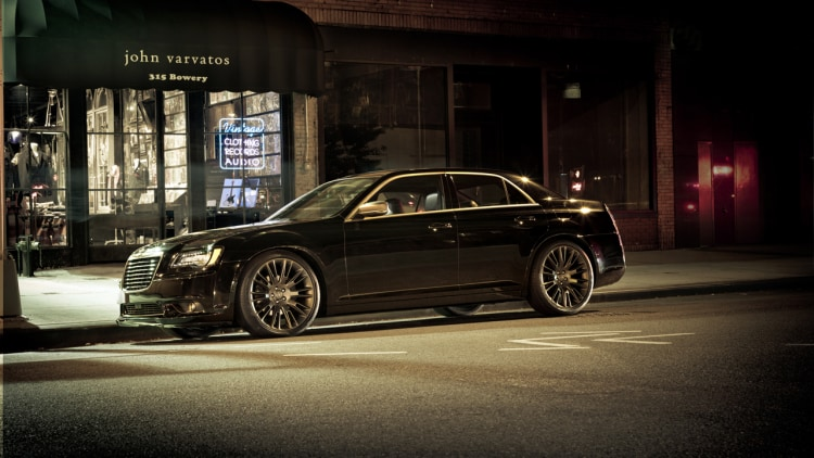 2013 Chrysler 300C John Varvatos Edition