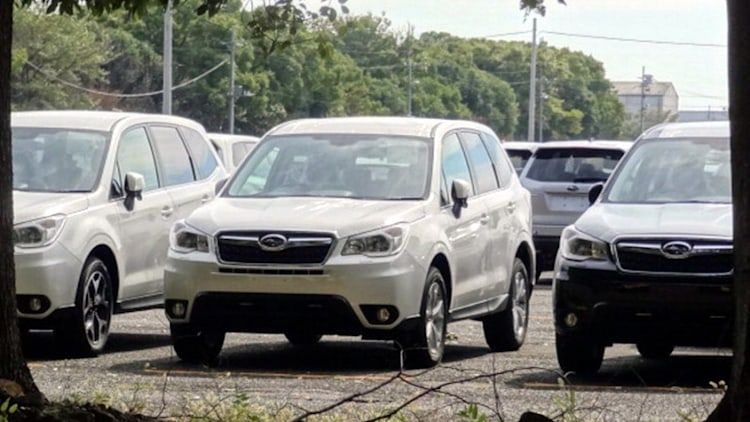 2014 Subaru Forester spy photos