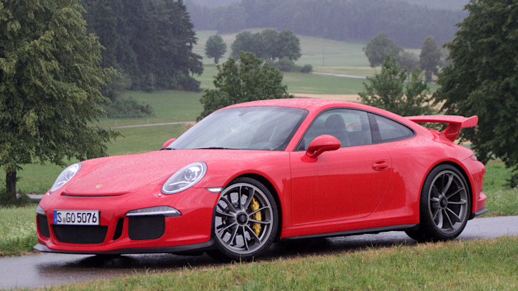 porsche tells 2014 911 gt3 owners to park their cars. Black Bedroom Furniture Sets. Home Design Ideas