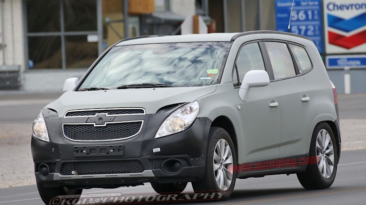 Chevrolet Orlando test mule for new hybrid