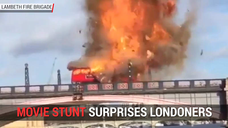 Autoblog Minute: Bus explosion startles Londoners unaware of film production