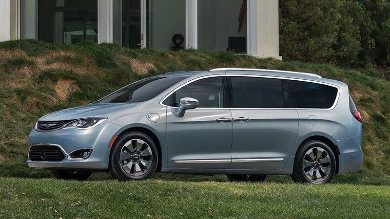 Pacifica Hybrid Forum >> 2017 Chrysler Pacifica Hybrid The 80 Mpge Minivan W Video