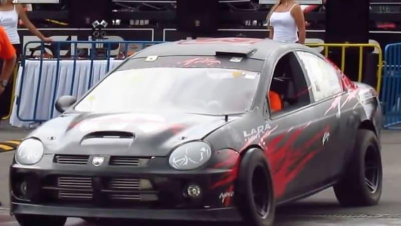 Watch dual-engined Dodge SRT4 do a FWD burnout, a RWD burnout, then AWD launch - Autoblog