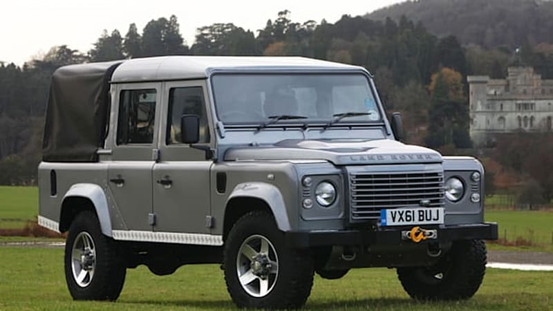 land rover defender pickup coming in 2017 autoblog. Black Bedroom Furniture Sets. Home Design Ideas