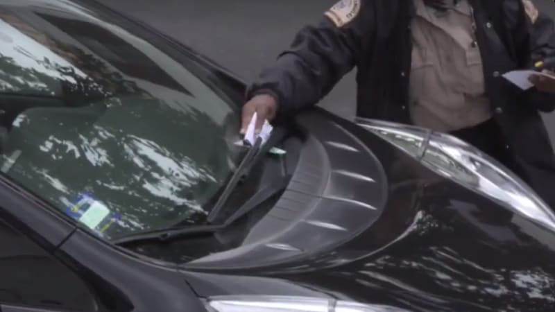 Thousands watch car get parking ticket live in Los Angeles