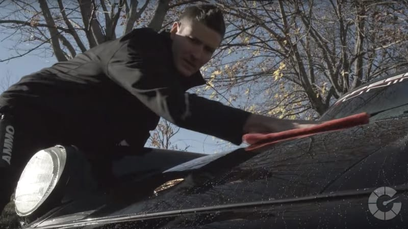 How to dry your car's paint safely | Autoblog Details