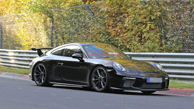 The 2017 Porsche 911 GT3 will get a great facelift to go with the manual everyone wants