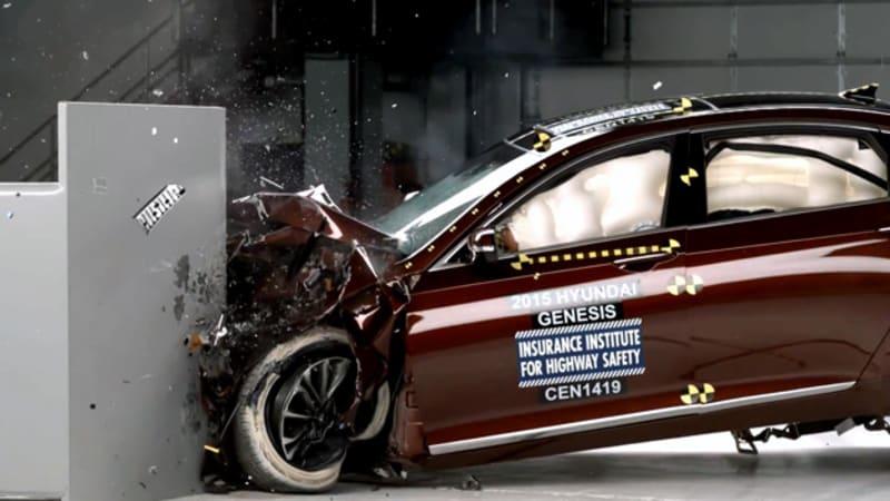 2015 Hyundai Genesis earns IIHS TSP+ [w/video]