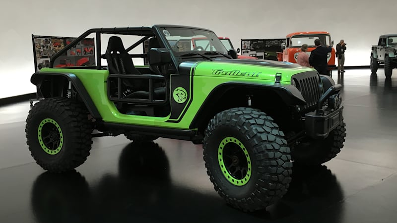 jeep teases trailcat and other easter safari concepts autoblog. Black Bedroom Furniture Sets. Home Design Ideas