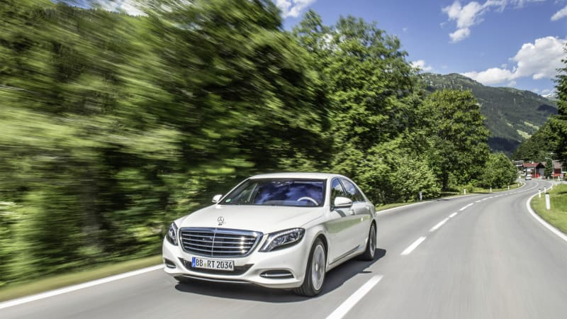 Mercedes-Benz S550e plug-in hybrid will have wireless-charging option
