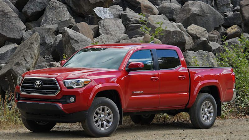 2016 toyota tacoma first drive w video autoblog. Black Bedroom Furniture Sets. Home Design Ideas